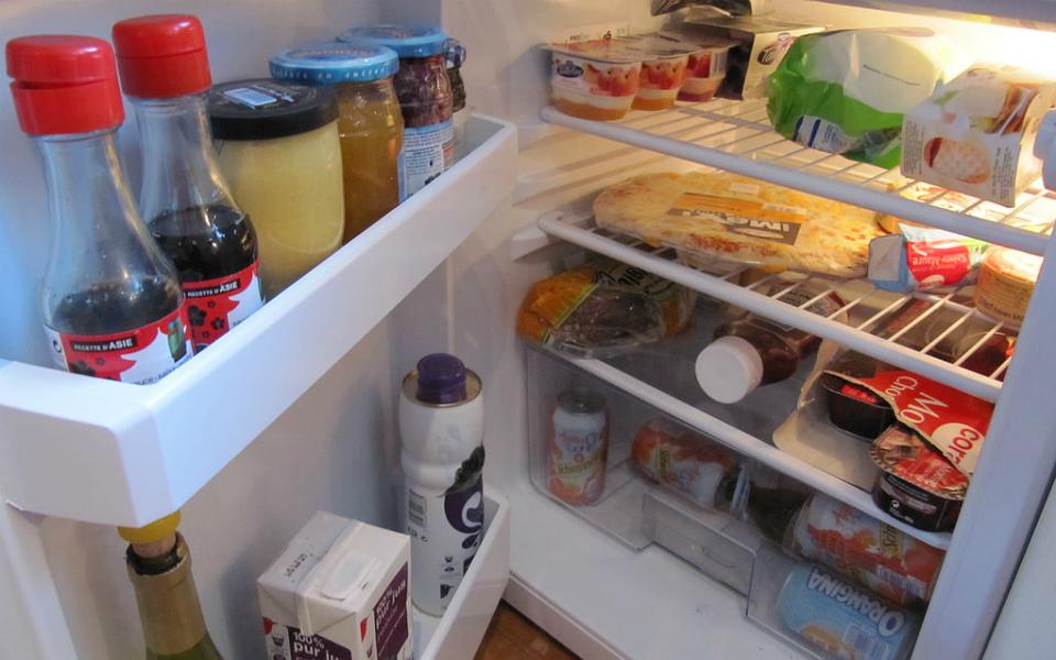 Só 8% dos gases nocivos vindos de frigoríficos são tratados (90% vai para a atmosfera)